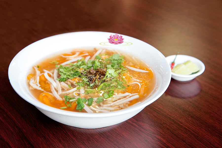 N16. Vietnamese Udon mock crab vermicelli soup